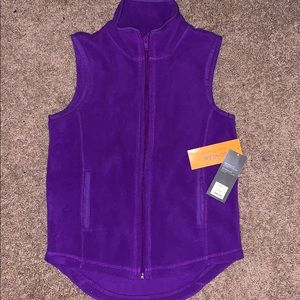 Old navy zip up fleece vest